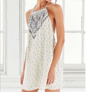 Urban Outfitters Dresses - Urban Outfitters Ecote Dress size Large